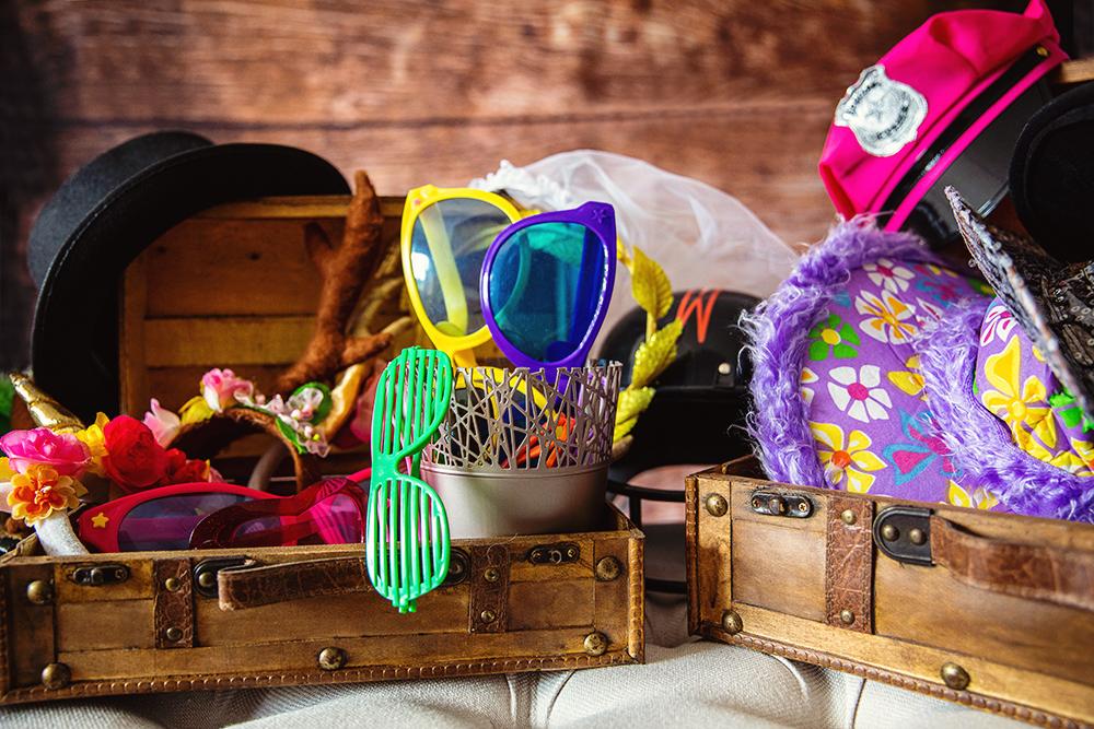 Standard Accessoires Fotobox Odenwald Hüte Brillen Verkleidung Kreativ mit links